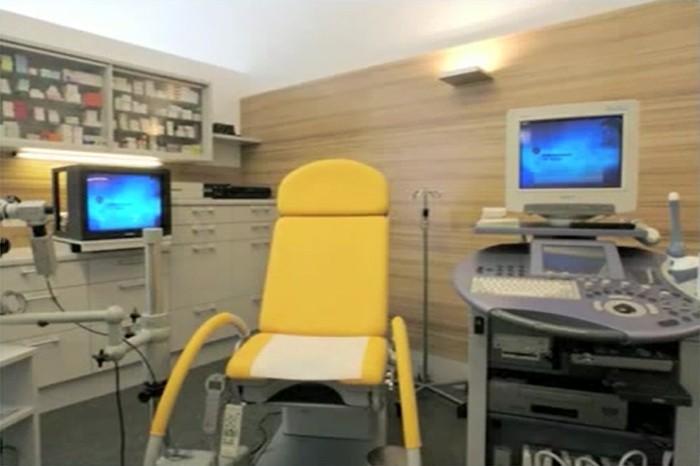 Stuhl frauenarzt der Frauenarzt